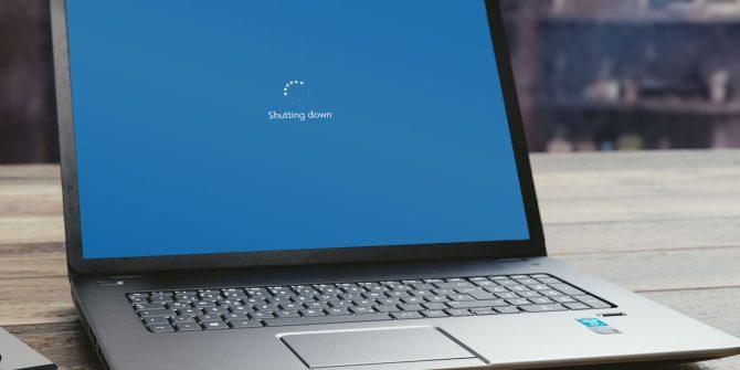 Giai-quyet-khi-laptop-cu-hien-shutting-down1